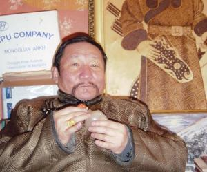 蒙古国著名诗人唐古特·嘎拉桑915