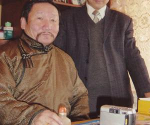 陈岗龙与蒙古国著名诗人唐古特·嘎拉桑916