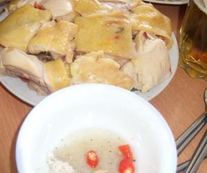 鶏塊与調味汁