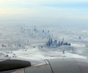 晨雾中的上海