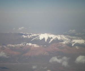 博格达雪山(这幅是我自己拍的,呵呵)