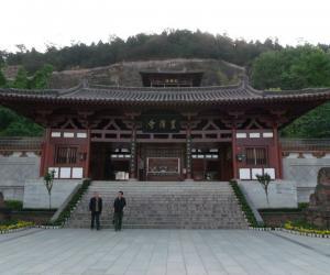 16 参观广元皇泽寺