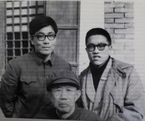 1985年2月春节调查中,摄于山东掖县(简涛、叶涛与.