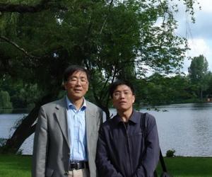 2009年5月,简涛、叶涛摄于德国柏林
