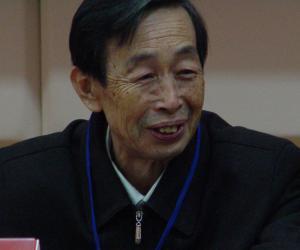 000 万鹏老师在山东省民俗学会第四次代表大会上(2.