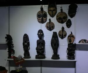 乌干达木雕