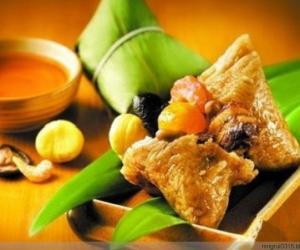 19.闽南海鲜杂烩烧肉粽