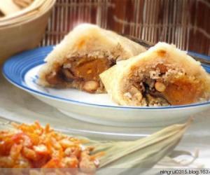28.泰国人包裹的粽子,个头小如鸡蛋