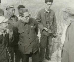 4.1983年在西华考察女娲神话